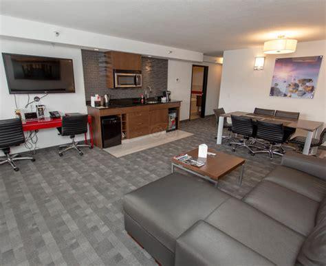 2 bedroom hotel suites calgary hotel elan updated 2018 prices reviews photos