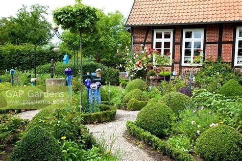 Cottage Garden Box by Gap Gardens Cottage Garden With Clipped Box Gravel