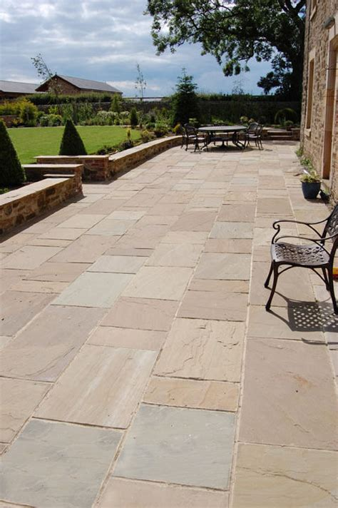 indian sandstone patio paving slabs flags mixed