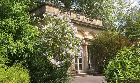 Bath Botanical Gardens Botanical Gardens Weddings Bath Temple Of Minerva