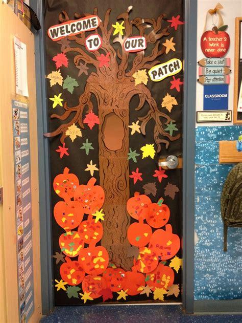 autumn door decorations fall door at school door decorations stuff for school