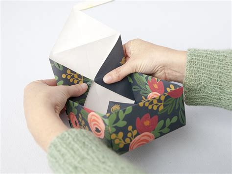 How To Fold Tissue Paper In A Box - diy how to fold a paper box creativebug