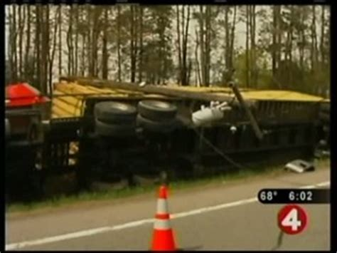 ny truck image001 truck accident lawyer news