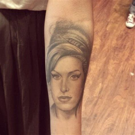 chicago state tattoo winehouse portrait chicago artist