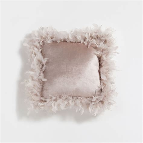 almohadas zara brown feathers velvet cushion cushions bedroom zara