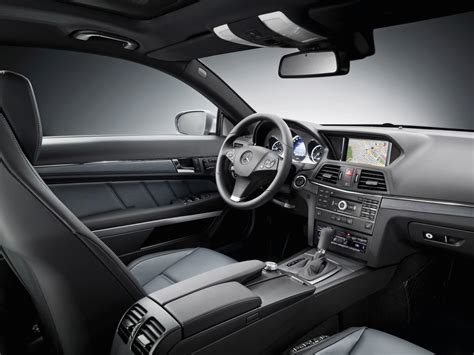 2009 mercedes e class coupe interior 3 1920x1440