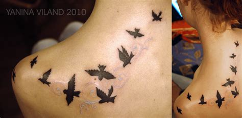 birds tattoos designs black bird on neck
