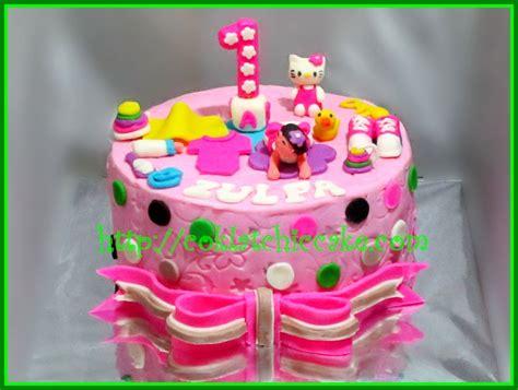 Kue Ulang Tahun Hello Fondant Cake cake hello zulfa jual kue ulang tahun