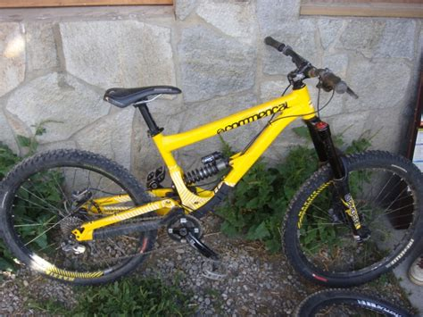 commencal supreme 8 vends vends commen 231 al supreme 8