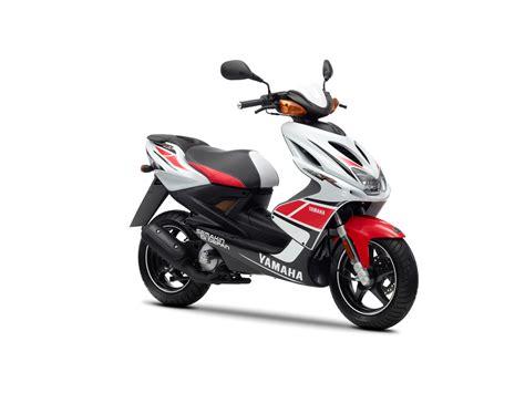 Versicherung F R Motorrad 500 Ccm by Yamaha Aerox R 2012 Bilder Und Technische Daten