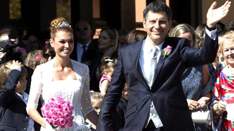 matrimonio fabrizio frizzi sposa carlotta mantovan dopo 12