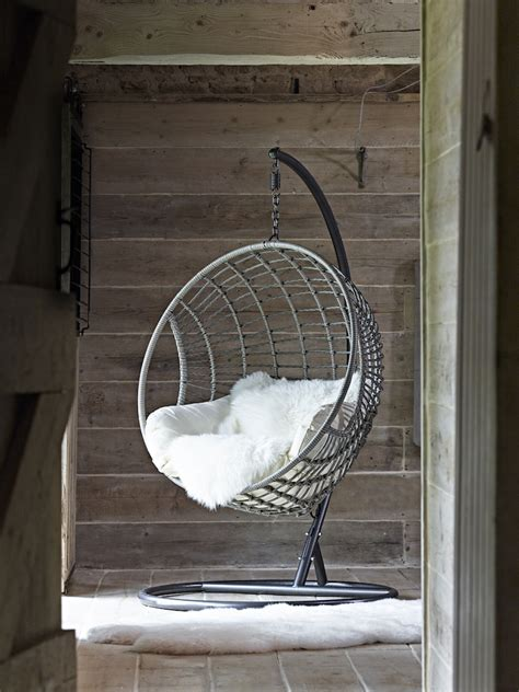 25 Best Ideas About Indoor Hanging Chairs On Pinterest | indoor hanging chair uk hanging wicker chair for indoor