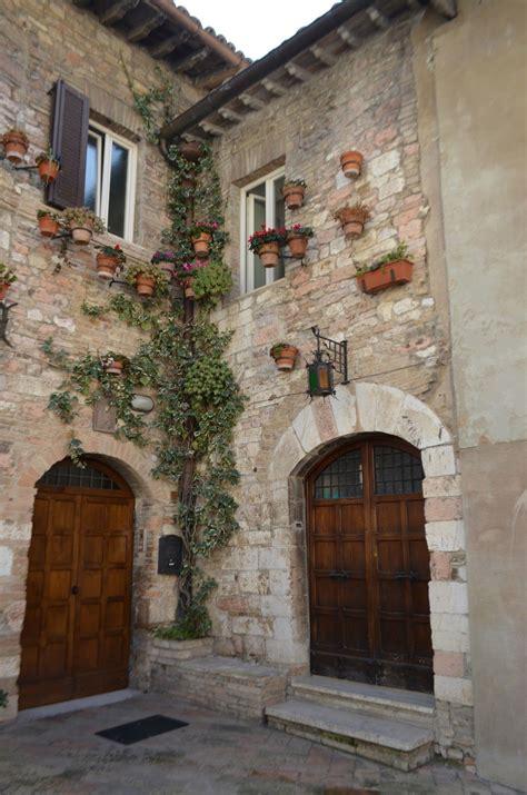 world house assisi umbria italy tuscan design