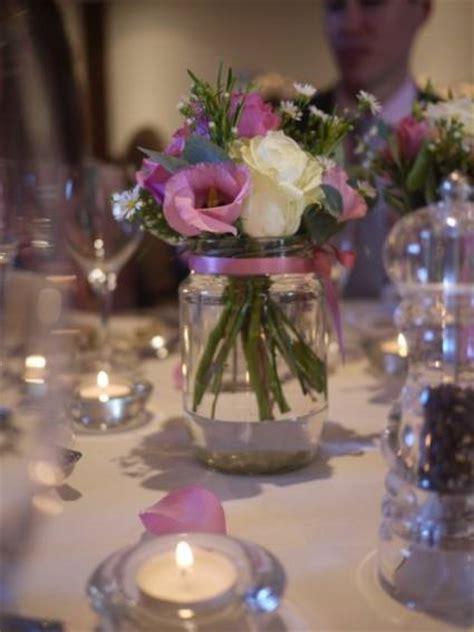 imagenes de centros de mesa para matrimonios con botellas centros de mesa sencillos para boda bellos dise 241 os