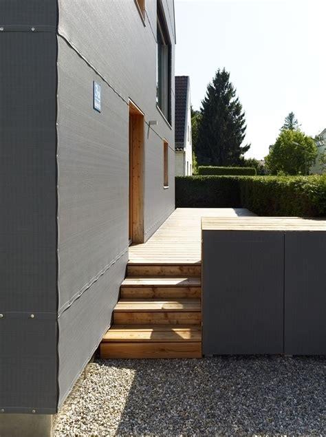 hauseingang mit holz veranda bauemotion de - Veranda Hauseingang