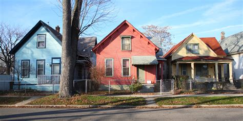 buying a house in detroit 5 things to know before buying a 500 house in detroit