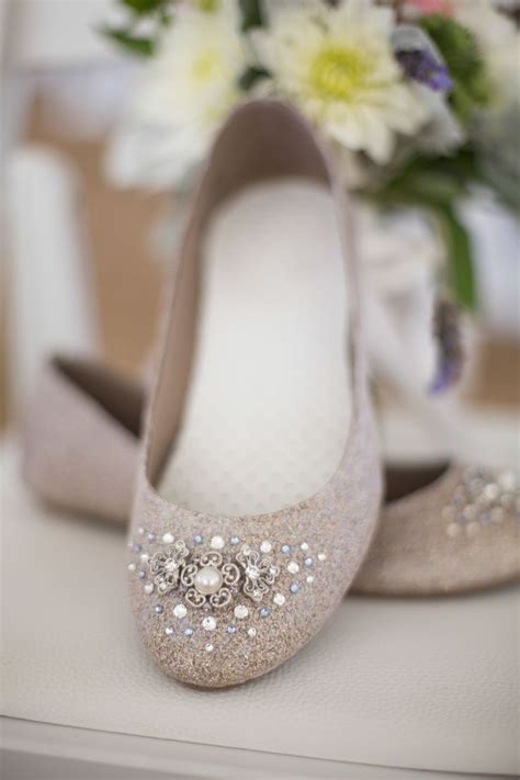 Flat Embellished Wedding Shoes by 1000 Ideas About Bridal Flats On Comfortable