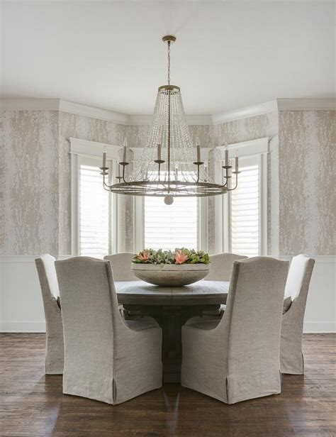 what size chandelier for dining room dining room table chandelier size chandelier ideas