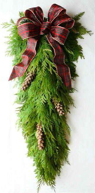 how to make xmas cedar swags fresh cedar teardrop swag oooh i want this fresh cedar wreath in my house it will smell so