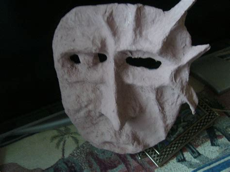 A Paper Mache Mask - how to make papier mache mask everywhere