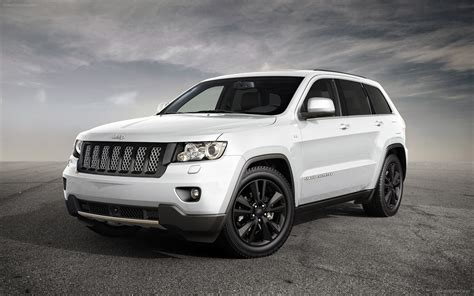 Jeep Grand Srt Diesel Jeep Grand 2012 Widescreen Car Picture 01