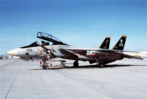 Taniya Nevada file f 14a vf 84 at nas fallon 1988 jpeg wikimedia commons