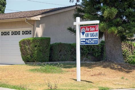 orange county home prices hit record high 675 000