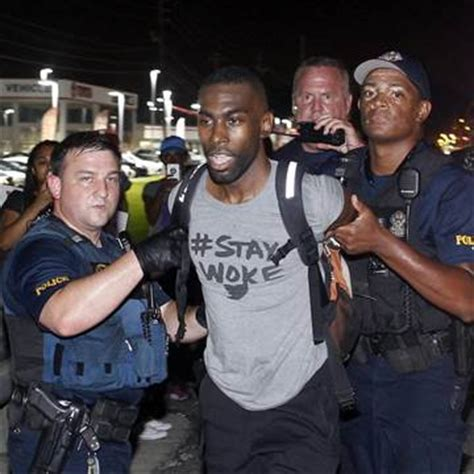 Deray Mckesson Criminal Record Black Lives Matter Activist Deray Mckesson Released After Being Arrested During La