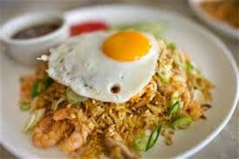membuat nasi goreng spesial pedas resep cara membuat nasi goreng spesial
