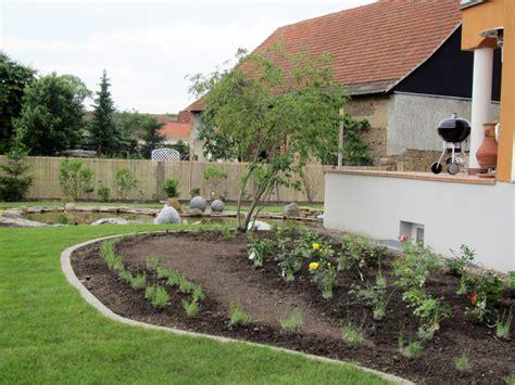 Feuerstelle Auf Holzterrasse by Garten Und Landschaftsbau In Th 252 Ringen