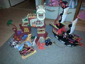 scull boat kijiji game pirate ships and skulls on pinterest
