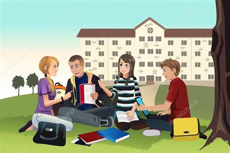 imagenes libres estudiantes estudiantes universitarios estudiando al aire libre