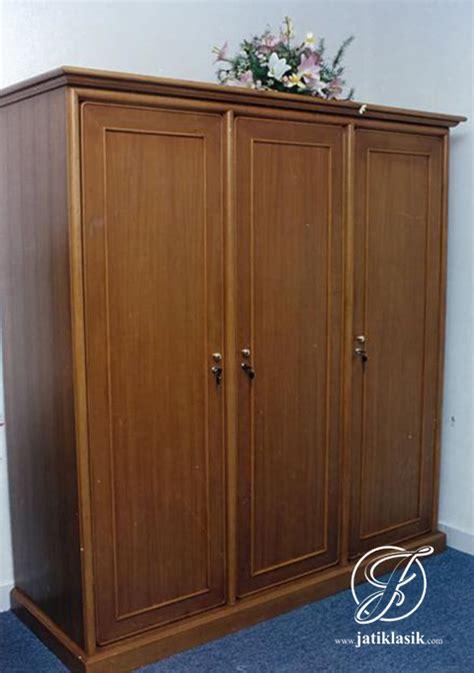 Lemari Pakaian Olympic 4 Pintu jual lemari pakaian jati 3 pintu jati klasik