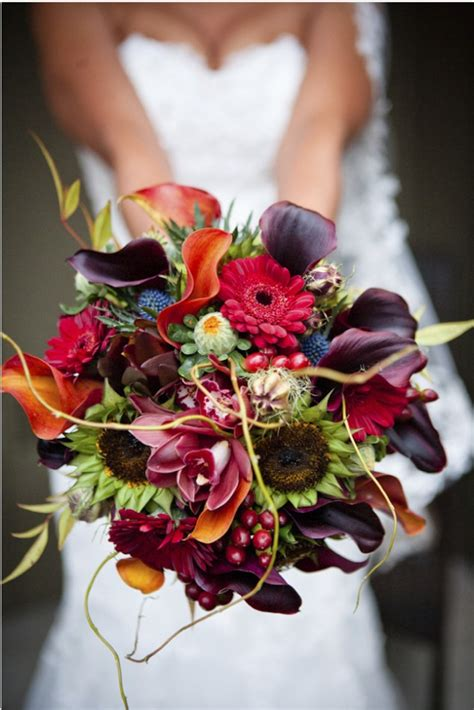 fall wedding flower ideas pictures 25 amazing autumn wedding bouquets