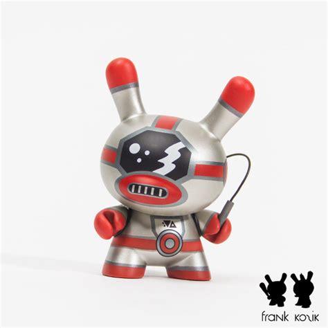 Kidrobot Evolved 3 Dunny By Kozik Evo 2 Sneak Peek Dunny Evolved Arriving Oct 10 13 Magic
