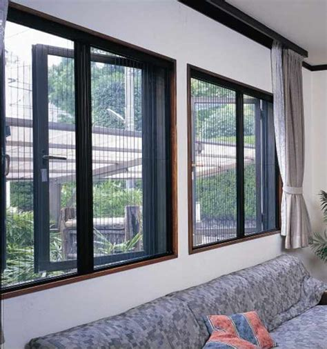 Fly Screens For Awning Windows by Casement Window Retractable Fly Screen True Value Screens
