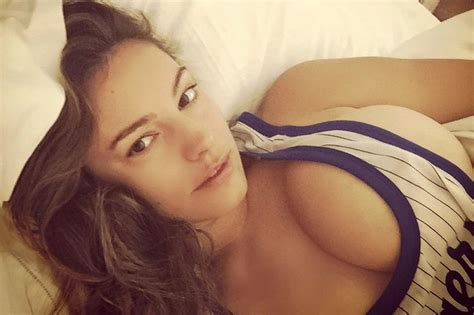 is megyn kelly a real brunette kelly brook sexiest pictures mirror online