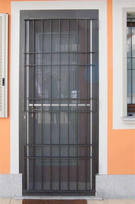zanzariere per finestre con persiane inferriata a battente con zanzariera vievi serramenti