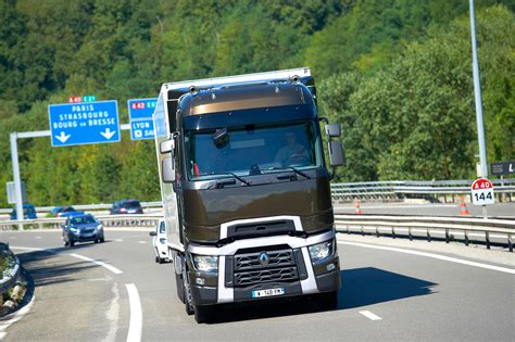 renault trucks 2014 renault trucks corporate press releases optifuel