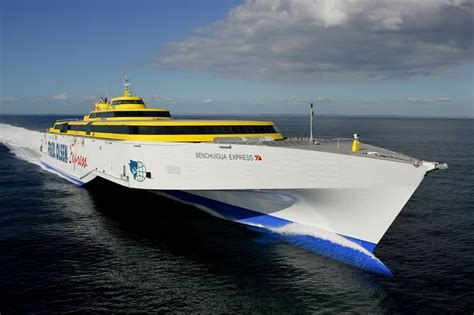 speed boats for sale lanzarote benchijigua express ferry canarias flota barcos fred