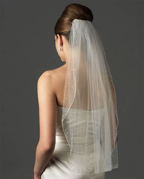 Best 25  Veils ideas on Pinterest   Bridal veils, Veil and