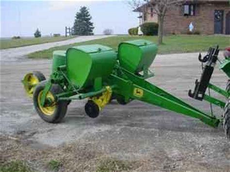 2 Row Deere Corn Planter by Used Farm Tractors For Sale Deere 2 Row Corn