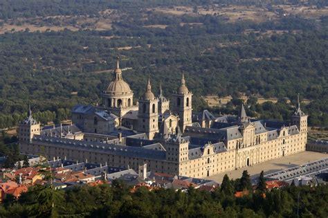 monasterios las biografas 849970946x monasterio de el escorial wikipedia la enciclopedia libre
