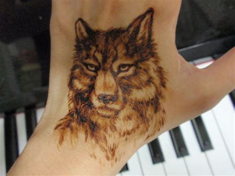 wolf henna tattoo designs 17 best images about henna for anywhere on on