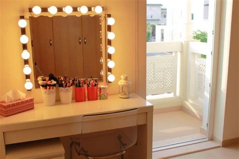 vanity table with mirror and lights makeup dressing table mirror lights makeup vidalondon