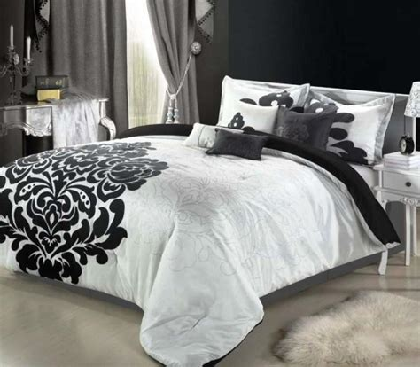 bedroom cozy red white floral motif bedroom curtains combination black and white flower bedding elegant bedroom with