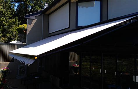 Rolltec Awnings by Adalia X3m Overlooking The Water Rolltec 174 Retractable