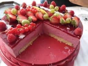 bavarois aux fruits rouges recette illustr 233 e simple et