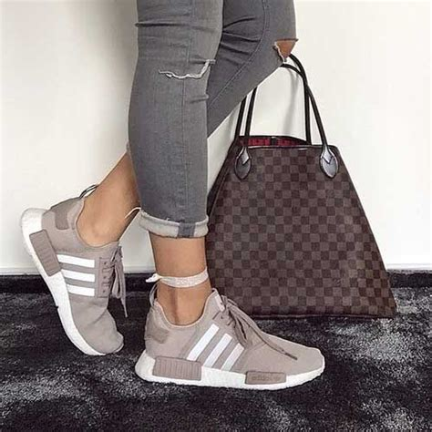 25 best ideas about trendy shoes on fitness shoes athletic shoes and vans