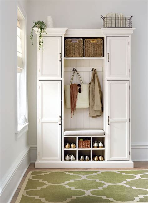 Front Entrance Coat Storage 25 Best Ideas About Entryway Storage On Shoe